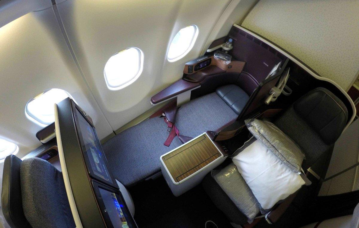 qatar-business-class-330-036
